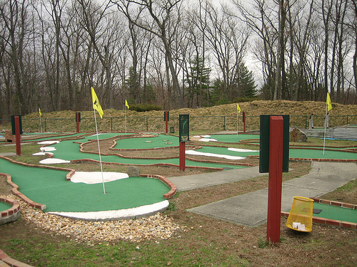 http://www.feats.ru/files/minigolf-gb.jpg